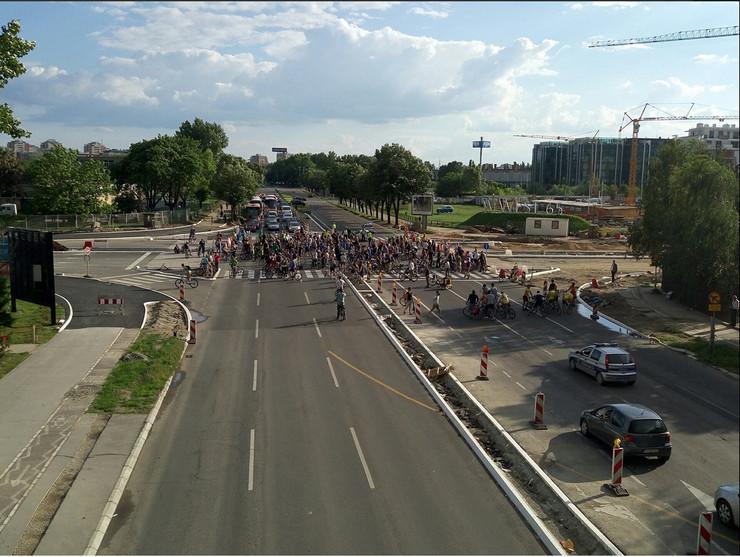 UG Ulice za bicikliste Novi Beograd 2017