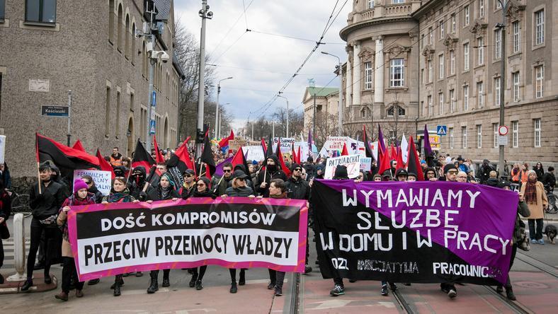 Uczestniczki poznańskiej manify