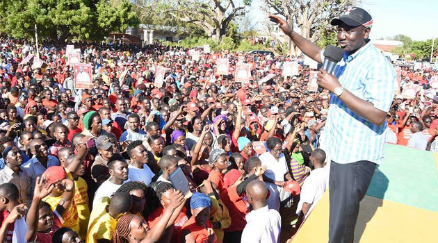 File image of DP William Ruto addressing the public at a past political rally