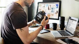 Pobranie zdjęcia z internetu i wrzucenie go na inną stronę wymaga zgody twórcy