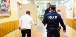 Nocą policjanci weszli do polskich szkół. Co się dzieje?