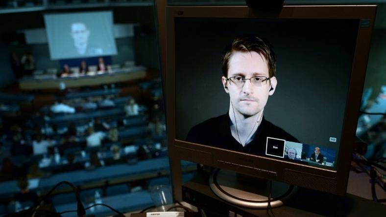Former US National Security Agency contractor Edward Snowden urged people not to become discouraged by the result of the US presidential election and to continue to call for governments as well as businesses to respect people's private lives
