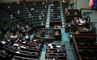 Sejm za możliwością zawieszenia stabilizującej reguły wydatkowej w związku z COVID-19