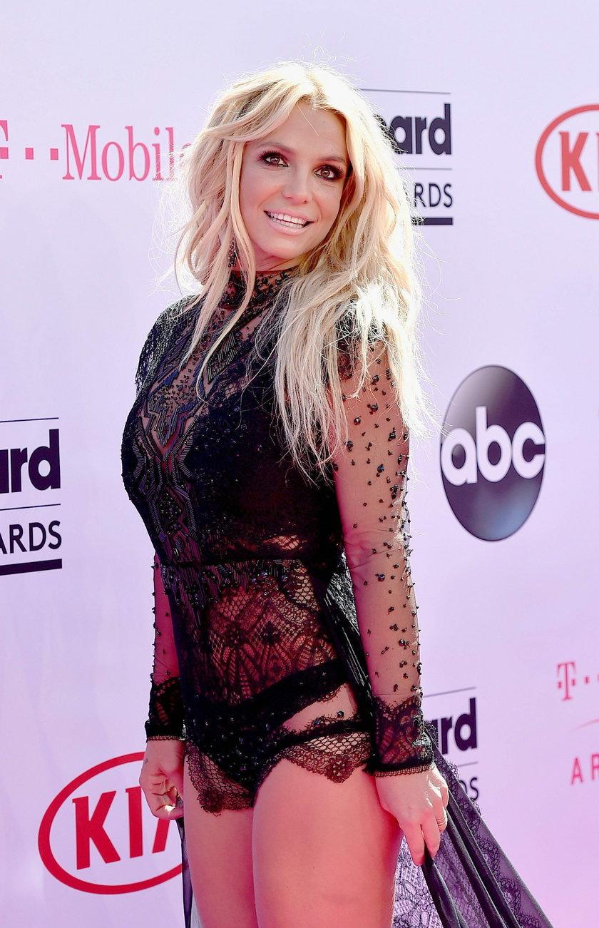 Dom Britney Spears