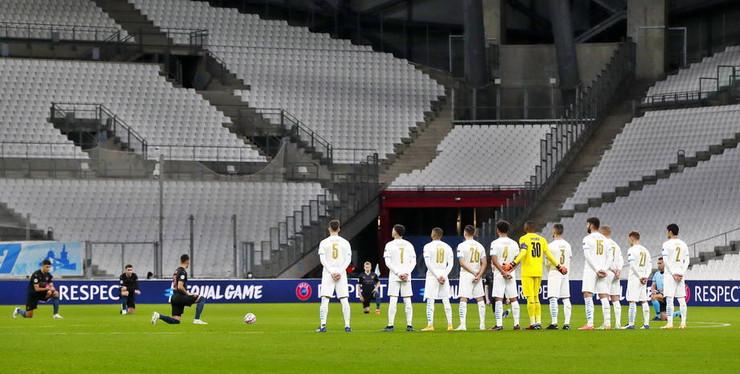 Detalj uoči utakmice Olimpik - Siti