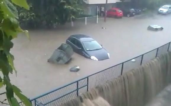 Ulica ladne vode se pretvorila u jezero
