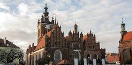 Groza w Gdańsku. Po gwałtownej burzy dzwony kościoła biły całą noc