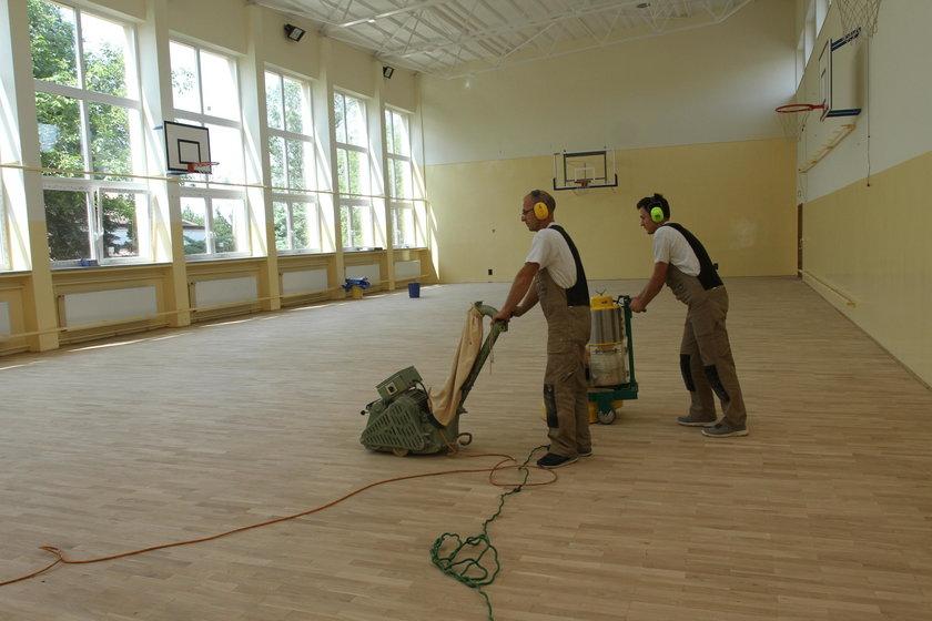 Wakacyjne remonty szkół