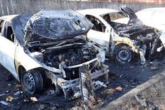 """18. SLUČAJ PALJENJA AUTOMOBILA Niška policija na nogama, izgoreo je službeni """"polo"""" zamenika načelnika BIA, i to je samo KAP U MORU"""