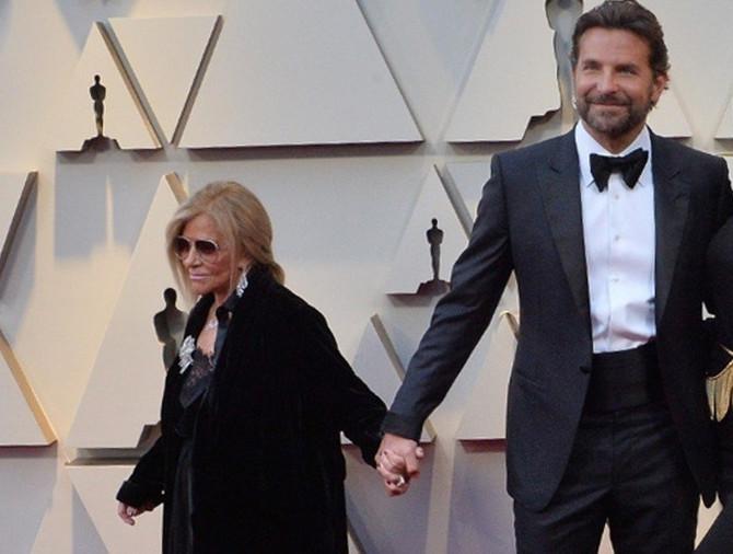 Bredli Kuper i njegova mama
