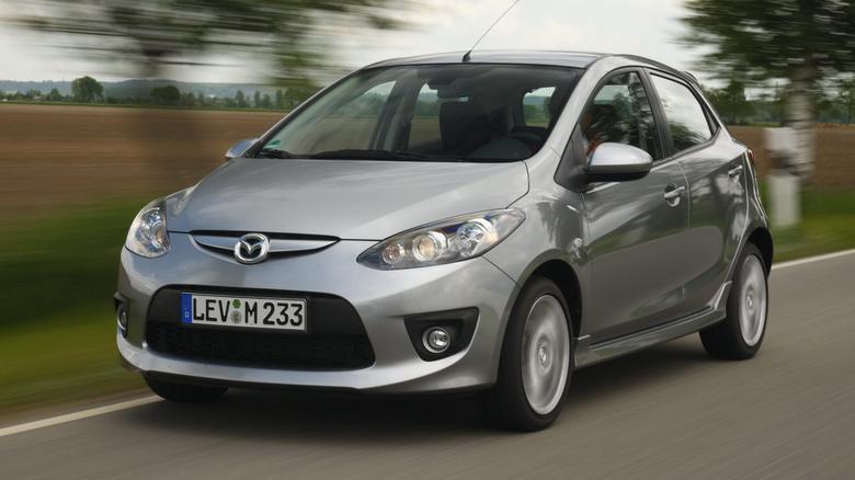 Mazda 2 jest stosunkowo droga, ale warta swojej ceny.