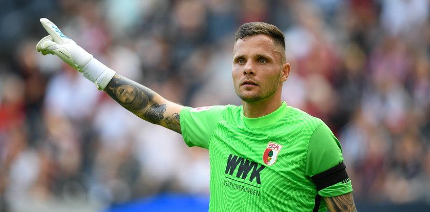 Rafał Gikiewicz jest wściekły. Chce trenować z Lewandowskim a nie siedzieć na kanapie