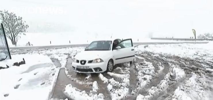 sneg Francuska printskrin