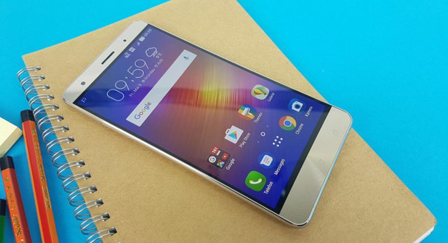 Zenfone 3 Deluxe: High-End-Smartphone von Asus im Test