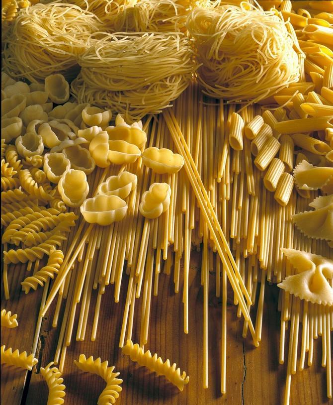 Međutim, testenina se pretežno sastoji od skroba koji se u našem telu pretvara u šećer