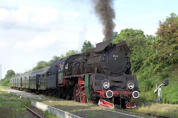 Parowóz Ol49 na stacji Stęszew, fot Wojciech Czombik, Wikimedia Commons, lic cc by sa