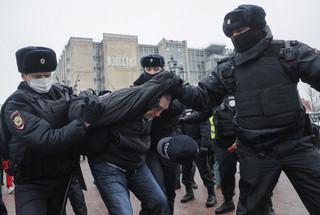 Protesty w obronie Nawalnego. 2131 osób zatrzymano