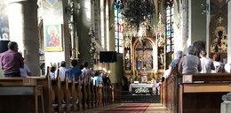 Jak zachować się w kościele? Proboszcz wydał 15 przykazań