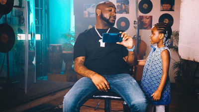 Davido buys Range Rover SUV for daughter Imade
