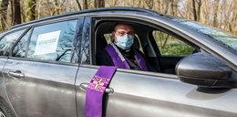 Ksiądz z Rogalina o spowiedzi i święceniu pokarmów z auta. Mówi o świętach i strachu przed śmiercią