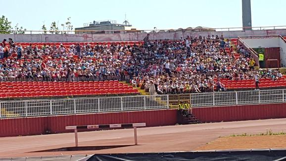 Novi Sad i ogroman broj dece na otvaranju Igara