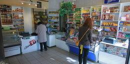 Małe sklepy zaczynają znikać. Wina rządu?
