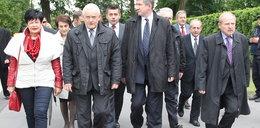 Tak znani ubrali się na pogrzeb Jaruzelskiego