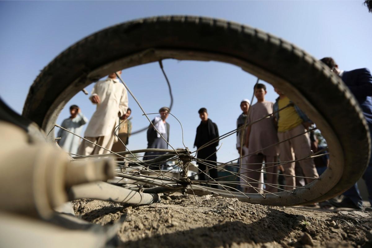 SAMOUBILACKI NAPAD U Kabulu stradalo 48 ljudi, 67 ranjeno
