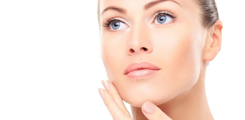 Pielęgnacja twarzy nie musi być bardzo droga. Te kosmetyki pomogą uzyskać efekt glow skin!