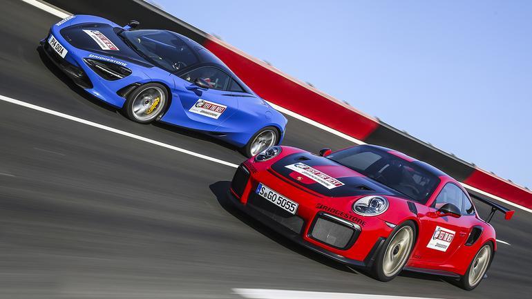 Porsche 911 GT2 RS kontra McLaren 720S - szybko jeździć ty musisz