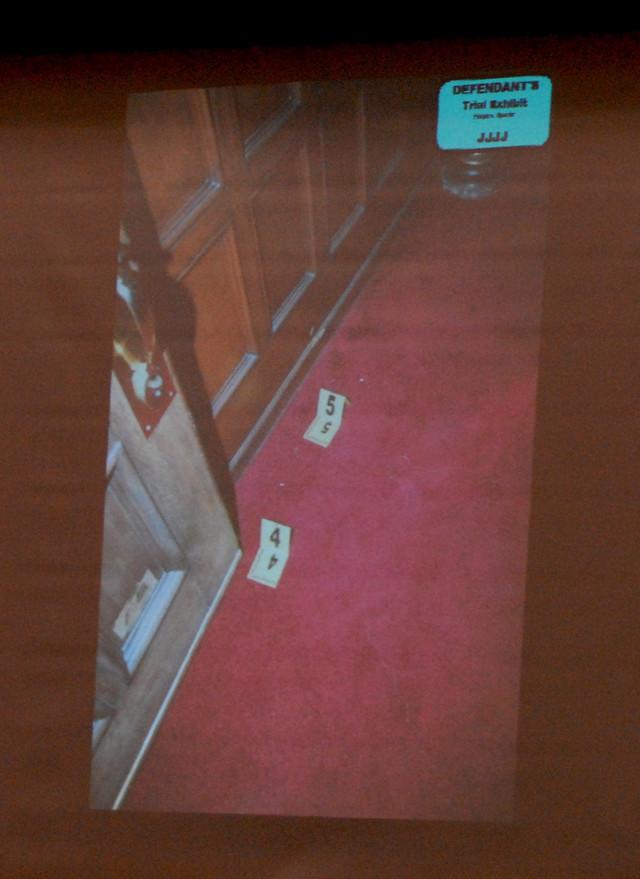 Dokazi sa mesta zločina izneti na suđenju Filu Spektoru 2007.