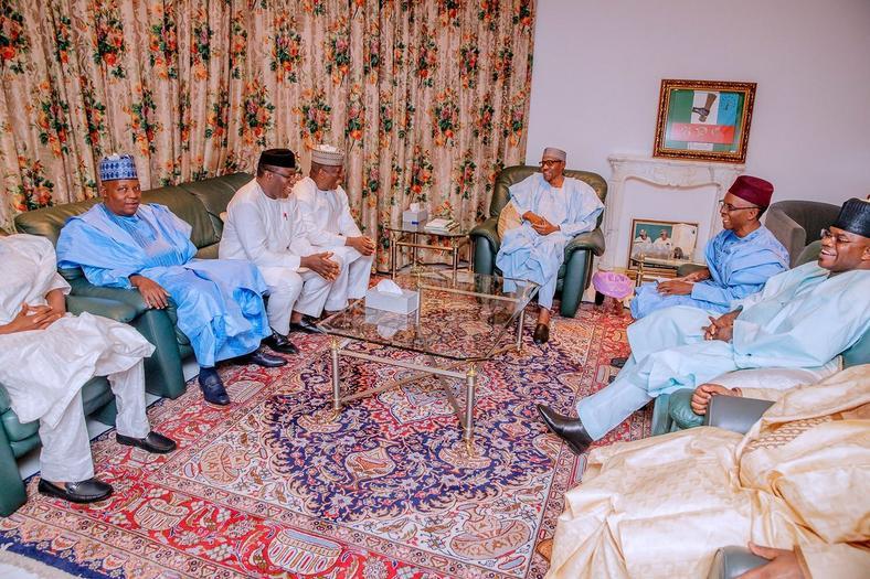7 APC governors meet with president Muhammadu Buhari [Twitter/@NGRPresident]