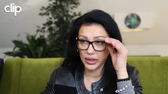 Pričajte mi o svom detinjstvu: Vesna Vukelić Vendi