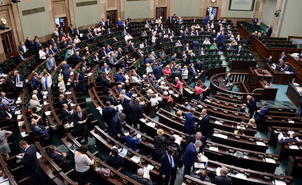 Przed wakacyjną przerwą parlament i rząd mają podjąć kilka ważnych decyzji.