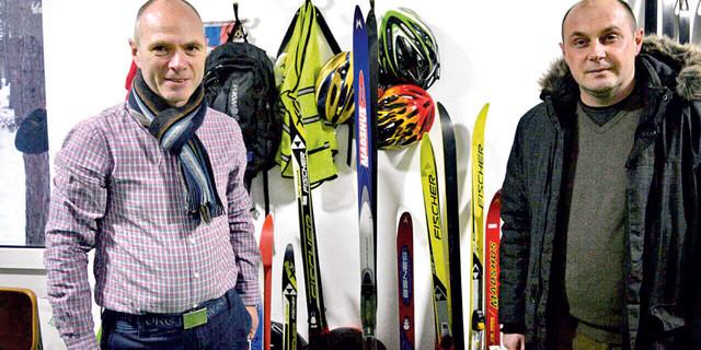 Egil Daltvejt (levo) donirao je devet pari skija i isto toliko pari skijaških cipela