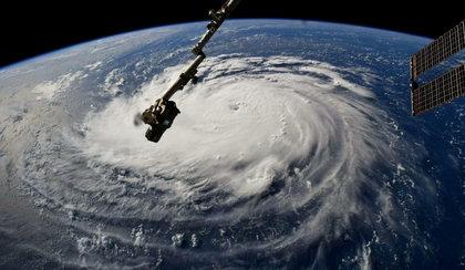Huragan w USA. Wielka panika i ewakuacja miliona osób
