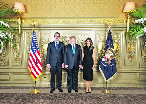 Vučić je naveo da ga ohrabuje činjenica da Tramp posvećuje pažnju zbivanjima na Balkanu