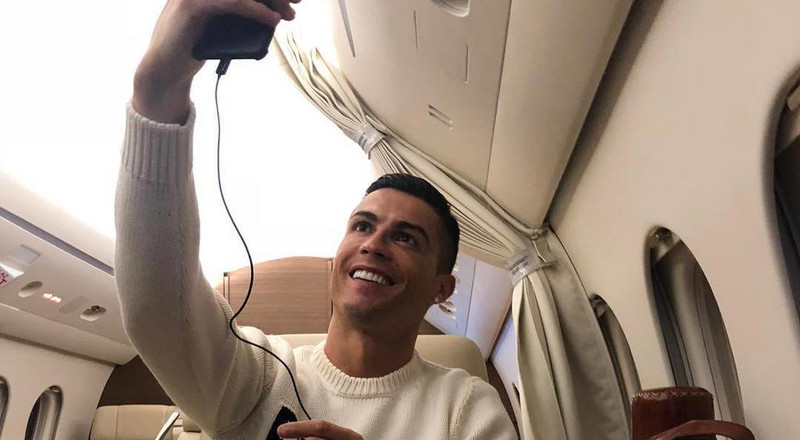 Cristiano Ronaldo criticised for posting private jet selfie amidst fears over Sala's safety