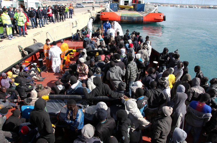 Prvi talas je krenuo sa severa Afrike prema italijanskom ostrvu Lampeduza