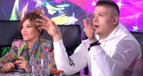 """Sloba i Kija u kolima! On peva """"Kao moja mati"""", a evo šta Kristina radi za to vreme!"""