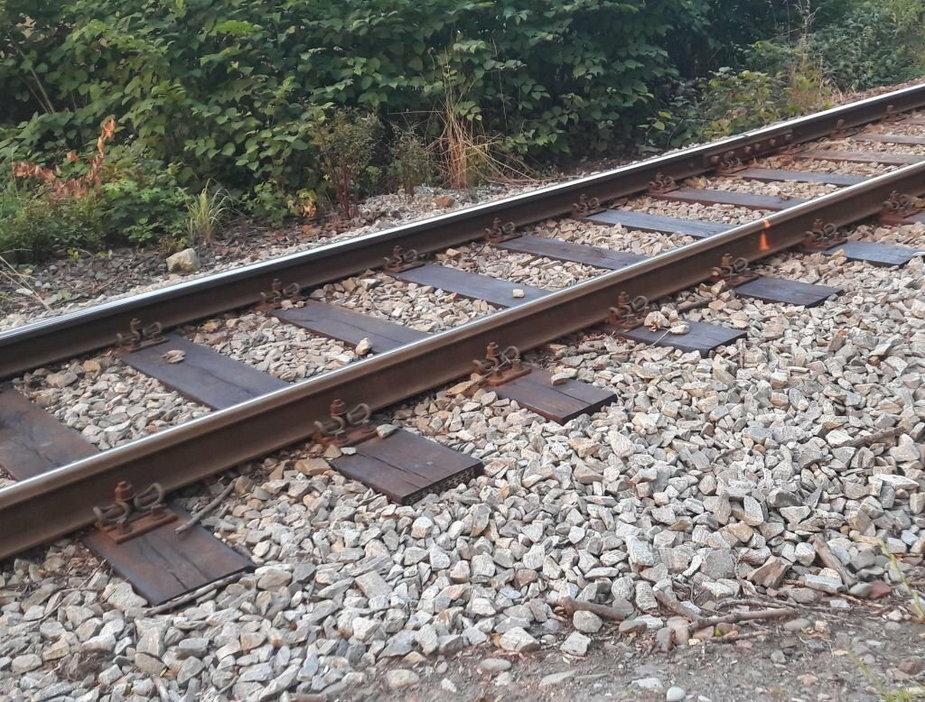 Wypadek na niestrzeżonym przejeździe kolejowym