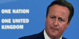 Zwyzywał premiera, a pracy nie stracił. Winny trollowania