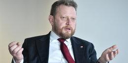 Znajomy Szumowskich wcisnął ministerstwu drogie maseczki, a 3 tygodnie potem...