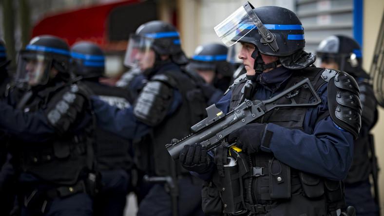 Policjanci francuscy