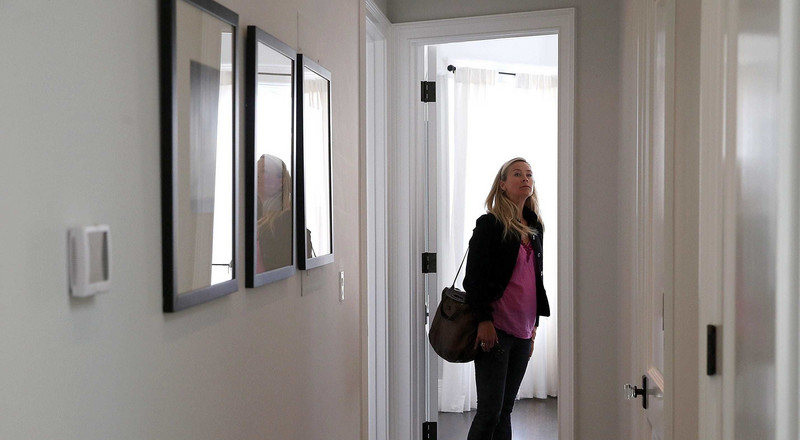 Automatic federal student loan forbearance was supposed to provide relief, but for some home buyers it's become an unexpected obstacle