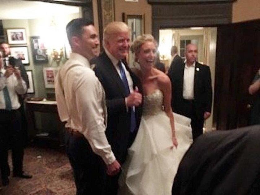 Tego młoda para się nie spodziewała. Zobacz, kto pojawił się na weselu