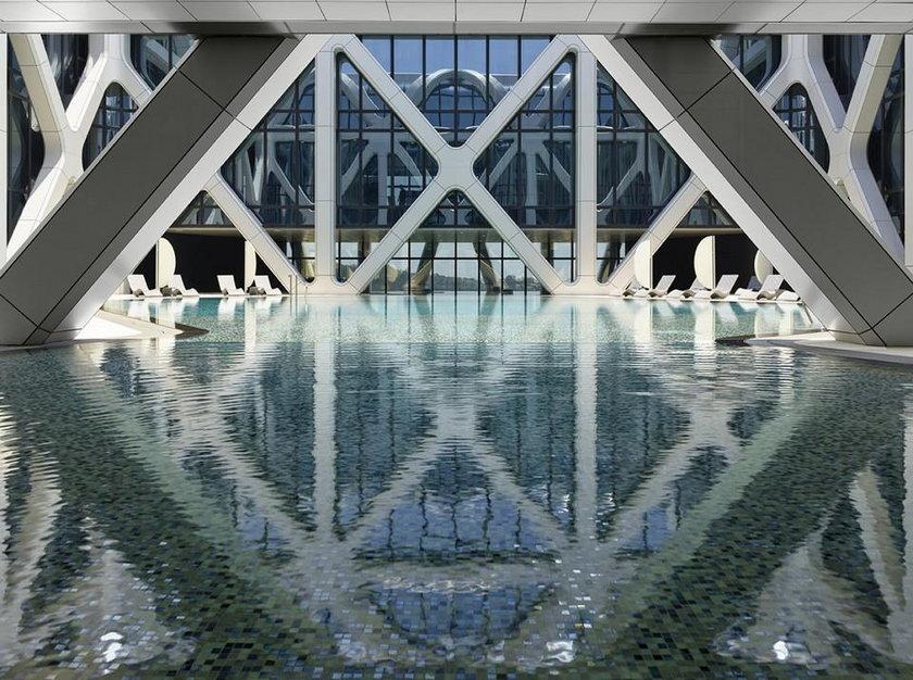 Niesamowity Hotel Morpheus w Chinach