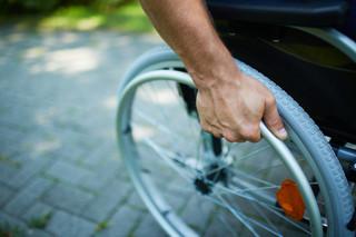 Jak dostać zasiłek dla opiekuna dorosłej osoby niepełnosprawnej?