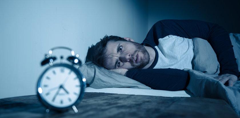 Źle sypiasz? Ta groźna choroba może być przyczyną! Oto jak to sprawdzić