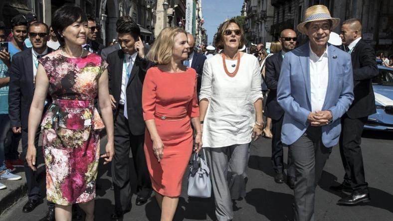 Małżonka Donalda Tuska rzadko pokazuje się publicznie, ale jeśli już, to zazwyczaj wygląda nienagannie. Tak też zaprezentowała się na trwającym właśnie we Włoszech szczycie G7...